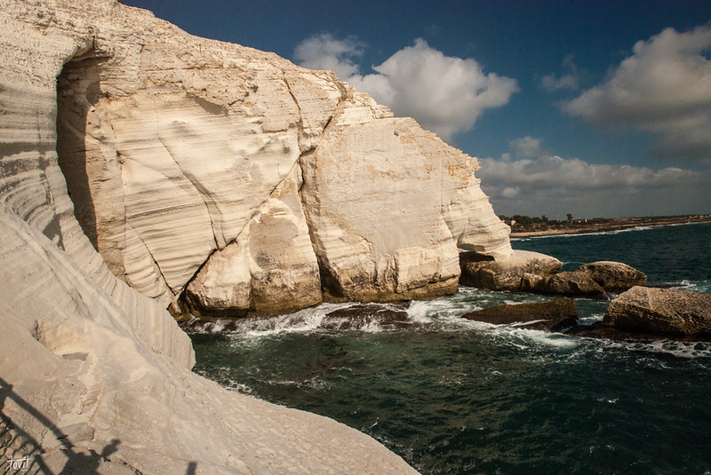 Rosh-HaNikra-grottoes