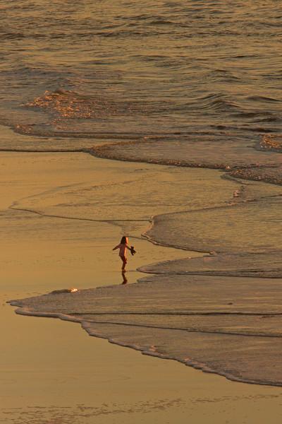 WB~Ocean Beach teddy bear girl vertical1280.jpg