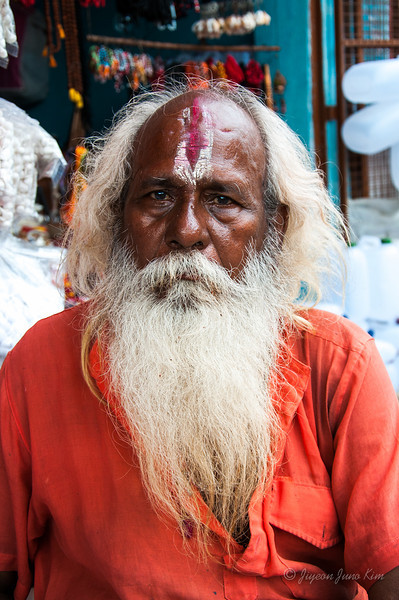 A hindu pigrim at Dashashwamedh Ghat