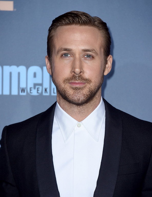 . Ryan Gosling arrives at the 22nd annual Critics\' Choice Awards at the Barker Hangar on Sunday, Dec. 11, 2016, in Santa Monica, Calif. (Photo by Jordan Strauss/Invision/AP)