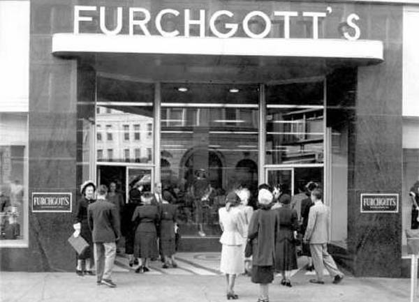 Picture%20of%20Furchgott's%20Entrance%20Two.jpg