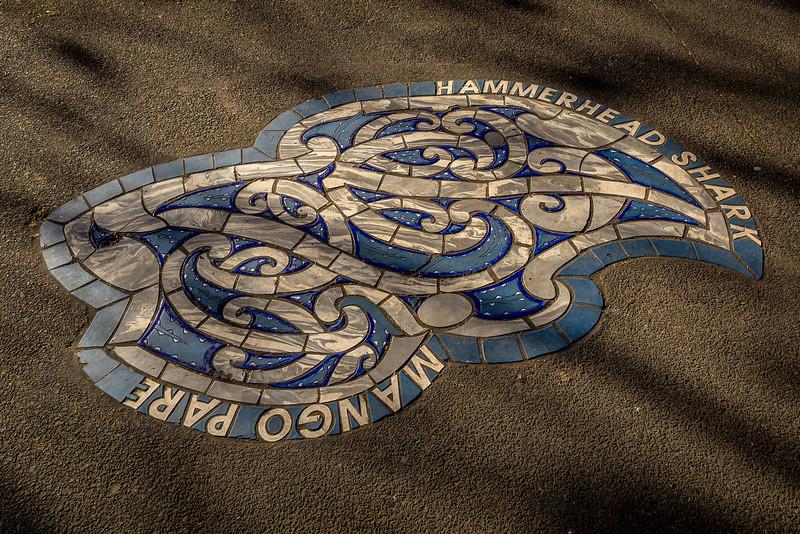 Maori-Kunst und Design in Auckland: Mosaik im «Victoria Park»