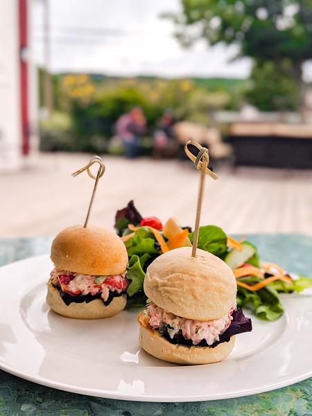Gaspereau Winery lobster slider chicken sandwich-3.jpg