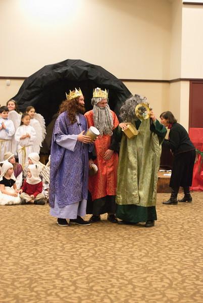 2014-12-21-Christmas-Pageant_132.jpg