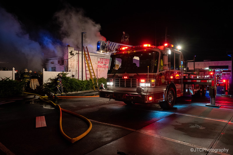 Lindenhurst Working Fire 04-13-2021