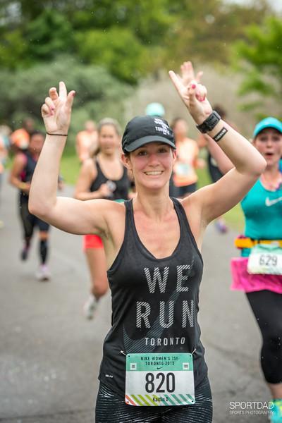 2015 Nike Toronto Womens 15K Run