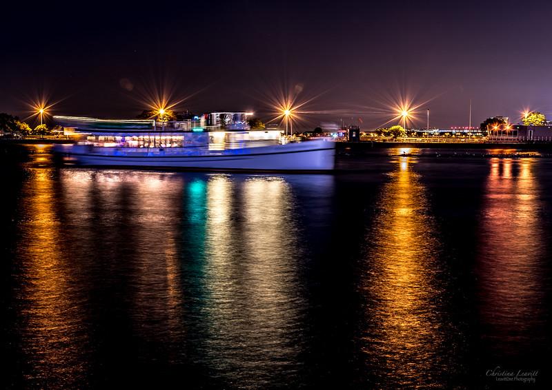 Navy Pier bloat.jpg