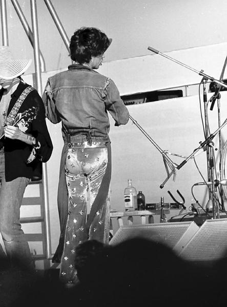 PERTH 1973 01 .jpg