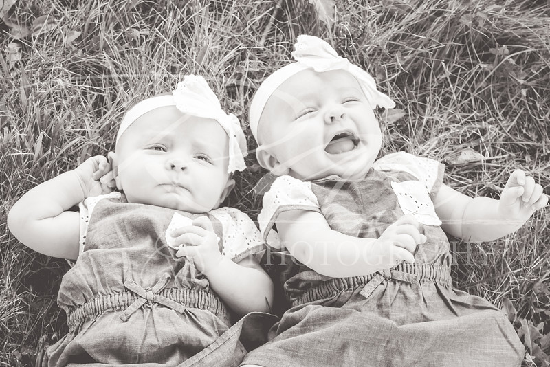 Twins3Months-105.JPG