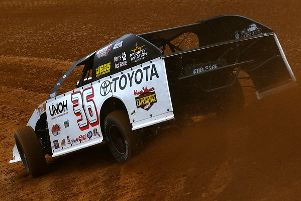 Cedar Ridge Speedway; Hope for Harlie Event for the Summit American Modified Series