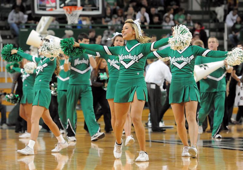 cheerleaders2252.jpg