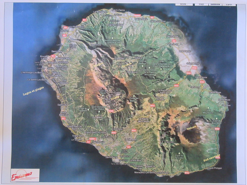 003_Ile De la Réunion. A land of rugged contrast. The cyclone season (January to March).JPG