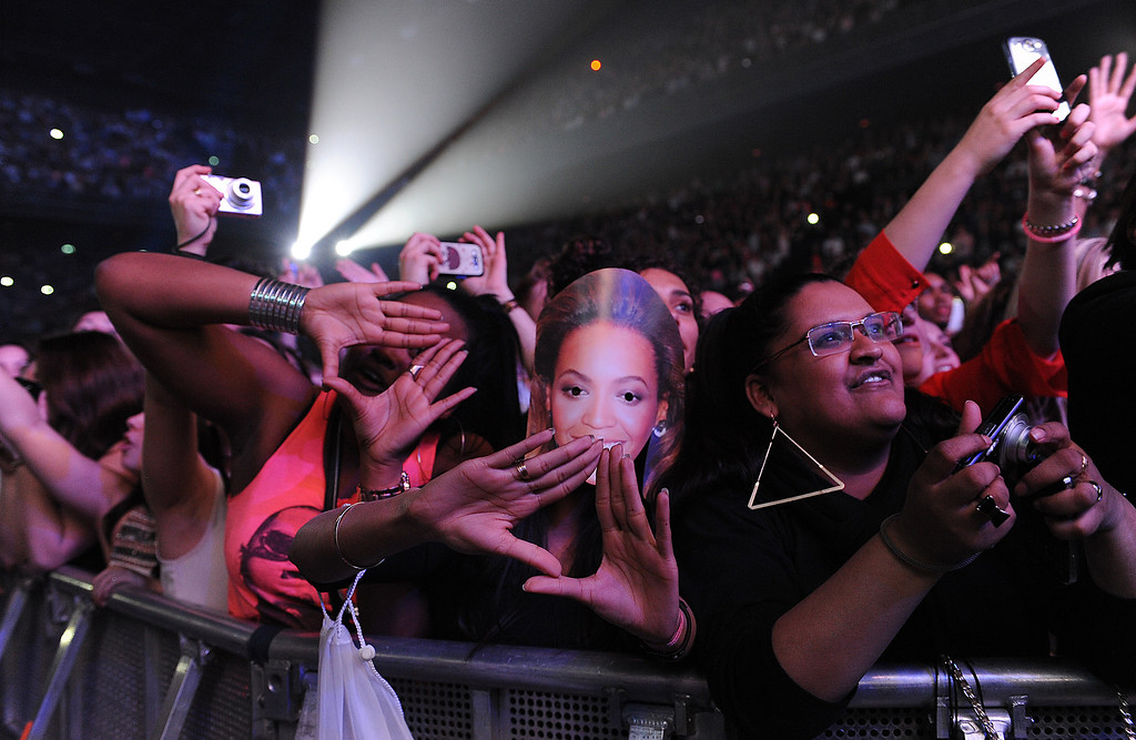 ". Fans in the audience at Beyonce\'s ""Mrs. Carter Show World Tour 2013\"", on Monday, April 22, 2013 at the Ziggo Dome in Amsterdam, Netherlands. (Photo by Frank Micelotta/Invision for Parkwood Entertainment/AP Images."
