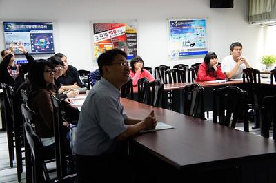 20111125 暨南大學師培中心參訪