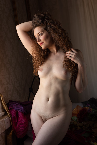 Natural light nude 4