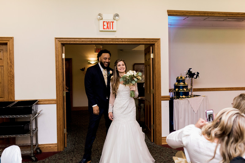 melissa-kendall-beauty-and-the-beast-wedding-2019-intrigue-photography-0329.jpg