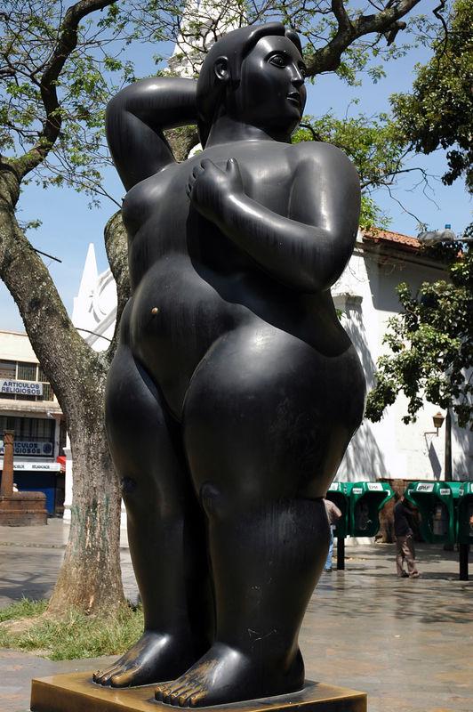 Senora de Botero.jpg