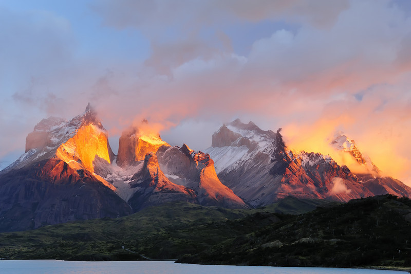 The Horns (El Quernos), Torres del Paine