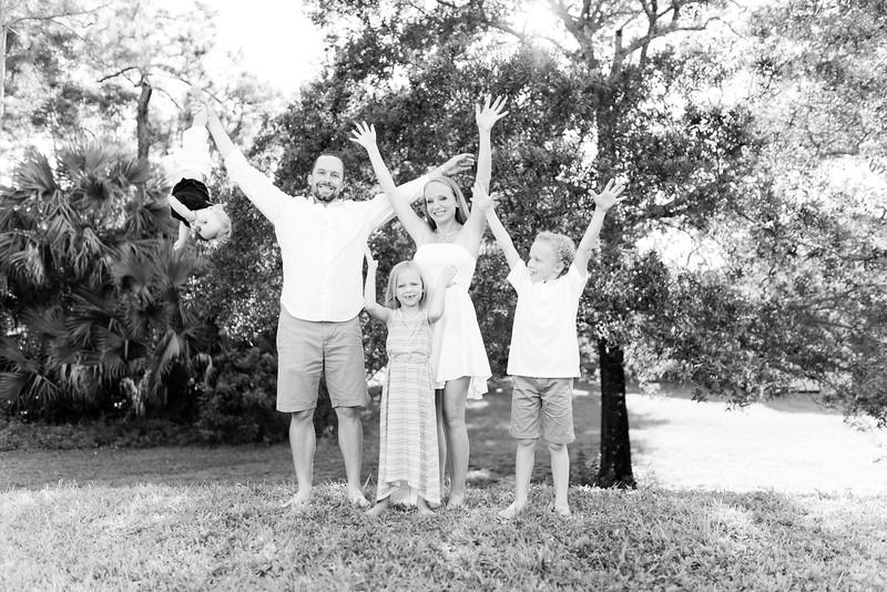Murphy_Family Portraits_BW-14.jpg