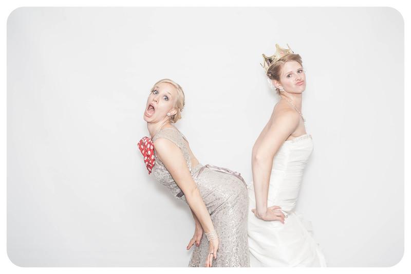 Laura+Ross-Wedding-Photobooth-090.jpg