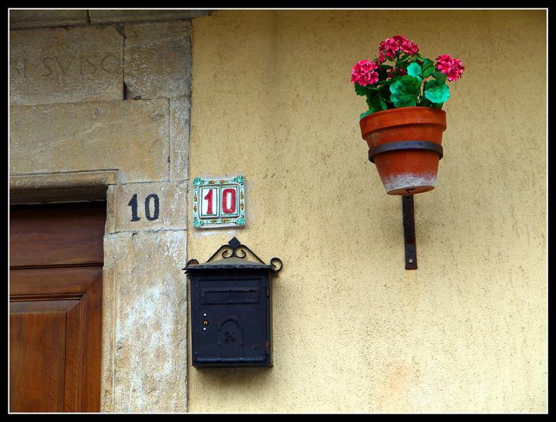 2010-05 Cerreto Spoleto 058.jpg