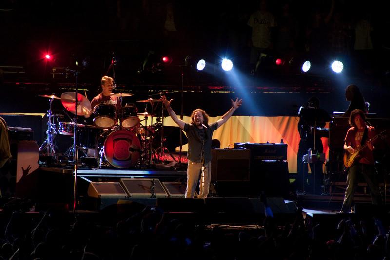 Pearl Jam Spectrum 10-30-09 079