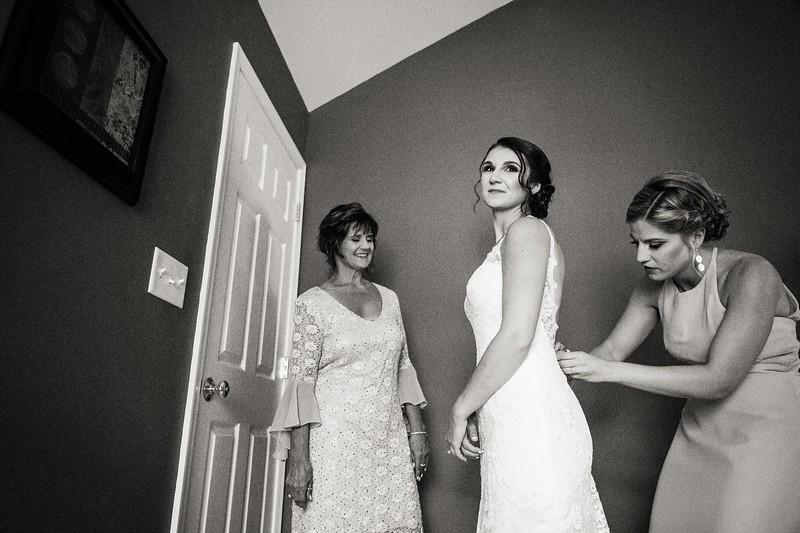 TARYN AND SETH - THE MICRO WEDDING - 29.jpg