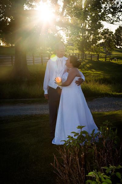 www.bellavitafotos.com, will and amanda,  wedding-0015.jpg