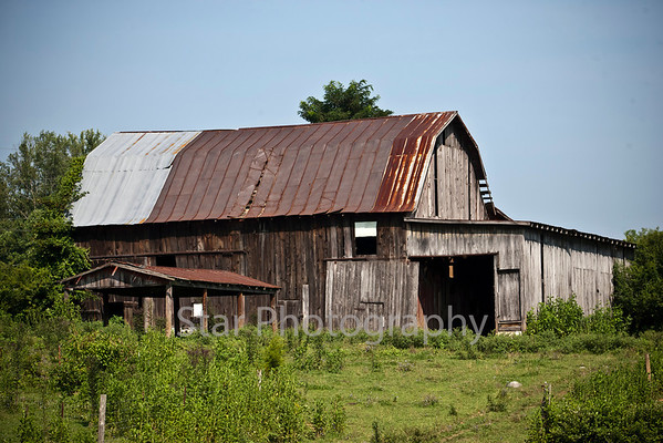 Barns in the Carter County Area 07-28-11
