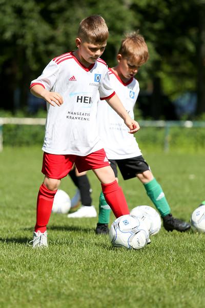hsv_fussballschule-055_48047948466_o.jpg