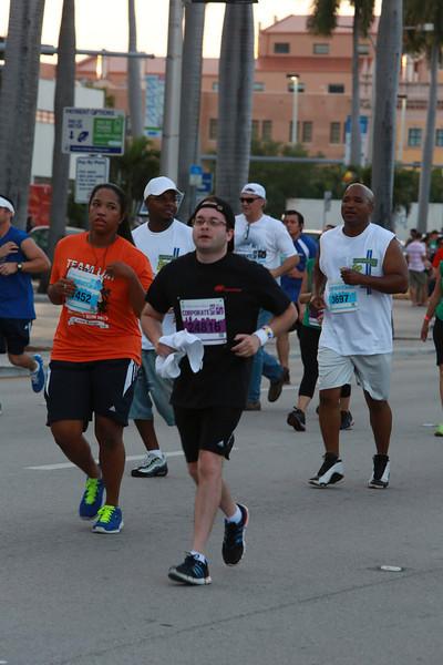 MB-Corp-Run-2013-Miami-_D0673-2480617956-O.jpg