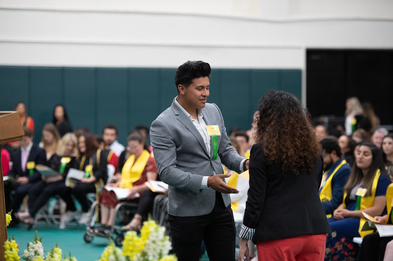 Scholarships-Awards-2019-9821.jpg