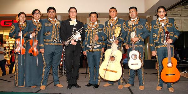 2-26-2012  LOS PALMEROS