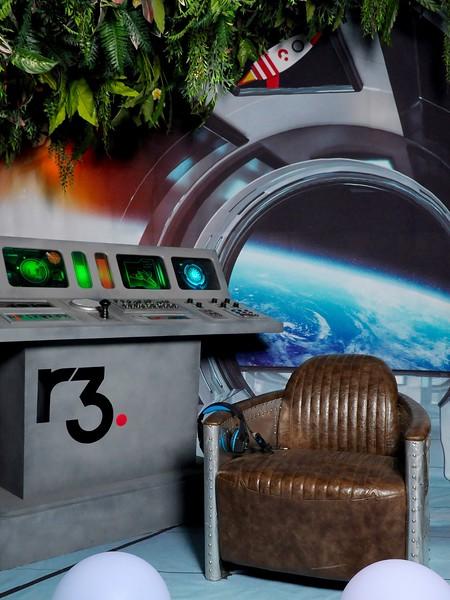 spaceship phototheatre 01.jpg