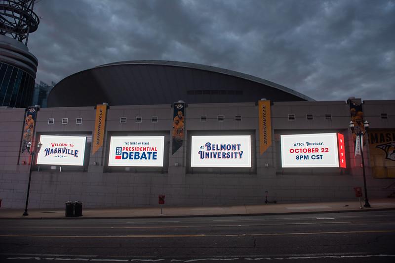 Debate 2020 signs at Bridgestone Arena