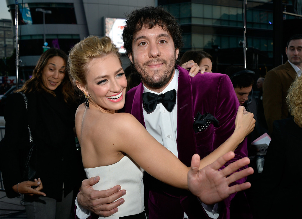 . LOS ANGELES, CA - JANUARY 08:  Co-host Beth Behrs and actor Jonathan Kite attend The 40th Annual People\'s Choice Awards at Nokia Theatre L.A. Live on January 8, 2014 in Los Angeles, California.  (Photo by Frazer Harrison/Getty Images for The People\'s Choice Awards)