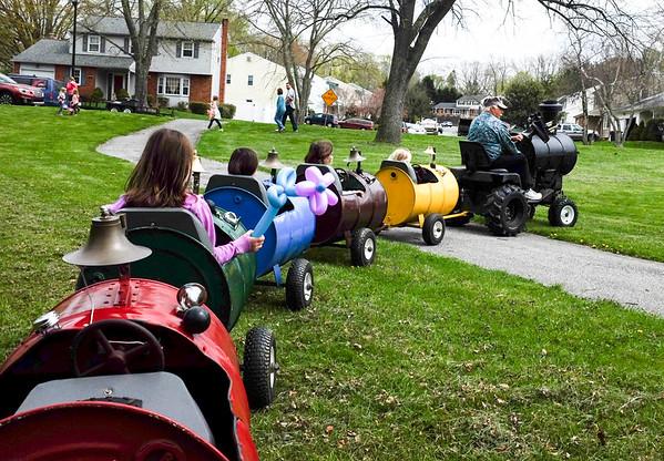 Neighborhood Egg Hunt 2017