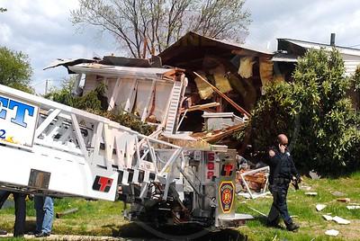 Syosset F.D. House Explosion 6 Alexander Dr. 5/5/11