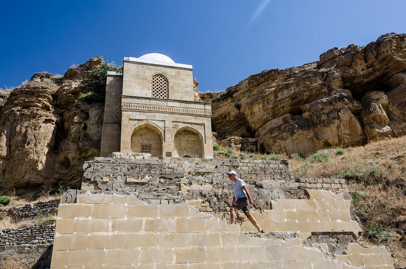 Azerbaijan.DiriBaba.133.jpg