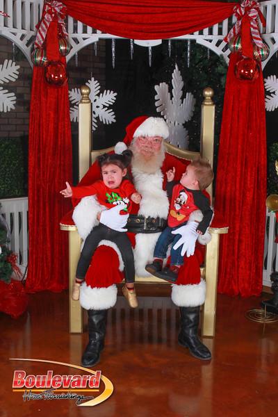 Santa 12-10-16-104.jpg