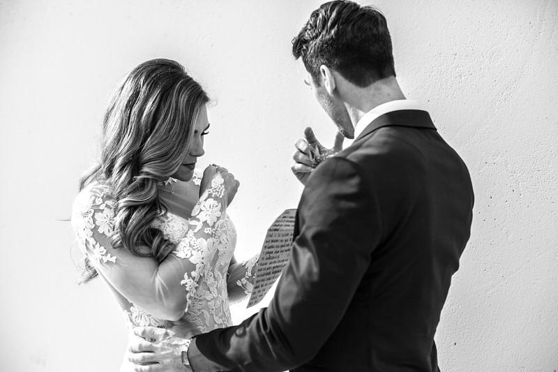 Kate&Josh_B&W_ZACH.WATHEN.PHOTOGRAPHER-278.jpg
