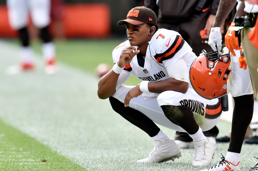 . Cleveland Browns quarterback DeShone Kizer watches from the sidelines during the second half of an NFL football game against the New York Jets, Sunday, Oct. 8, 2017, in Cleveland. (AP Photo/David Richard)
