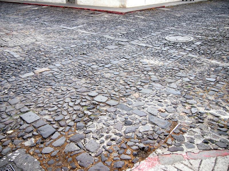 P6210311-cobbled-streets.JPG