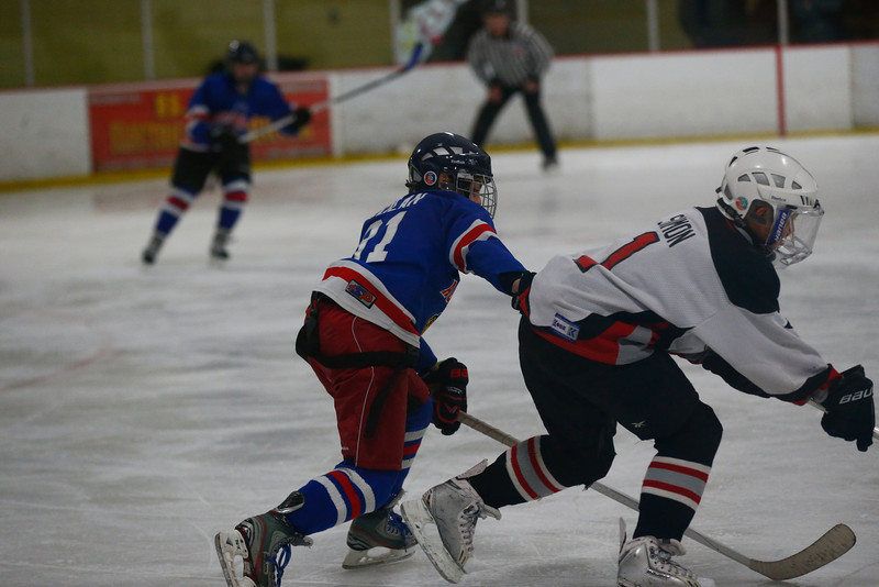 Agawam Hockey-21.jpg