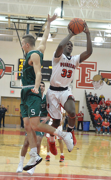 Elyria's season ends with loss to Strongsville