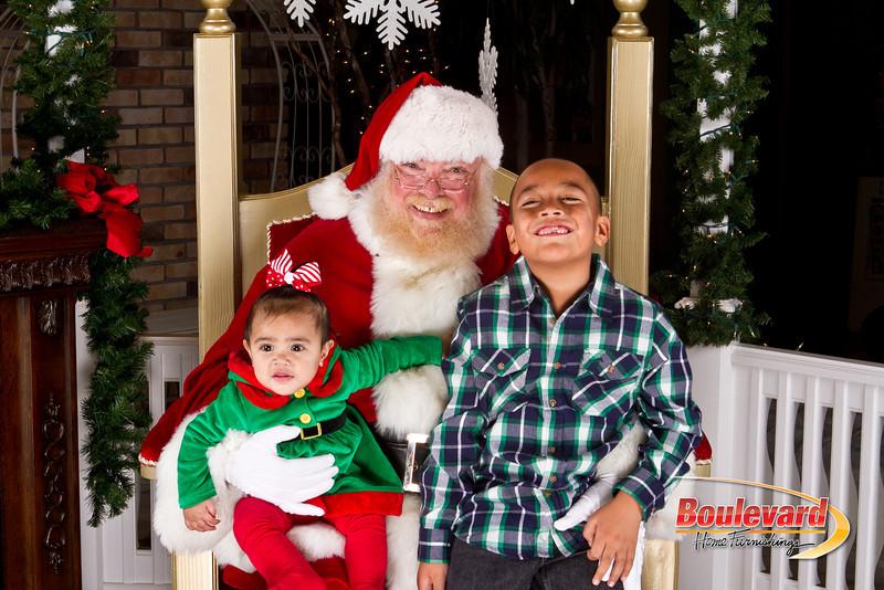 Santa Dec 8-39.jpg