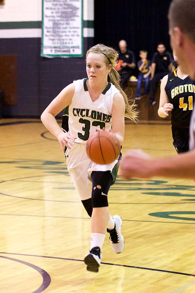 '17 Cyclones Girls Basketball 200.jpg