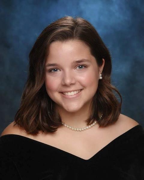 senior portrait.jpg