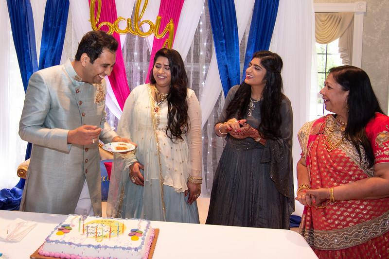 2019 10 Nidhita Baby Shower _MG_0805466.jpg