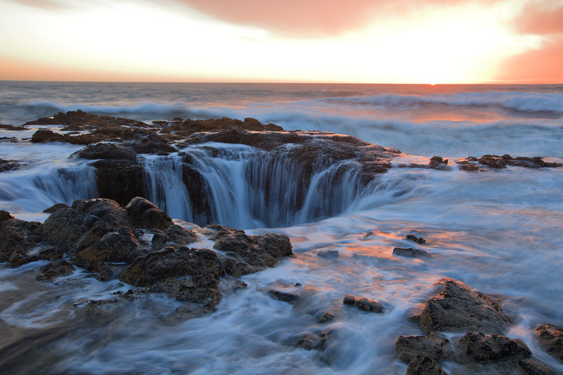 Thor's Well last sun 795 raw sf.jpg